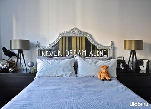 Интерьер спальни. Кровать с изголовьем