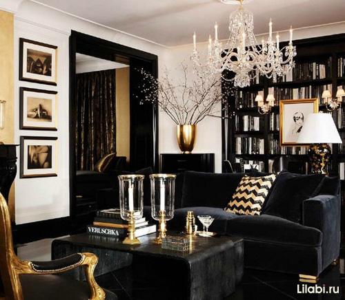 Дизайн интерьера гостиной. Сочетание черного и золотого цвета