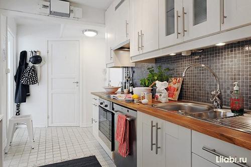 Дизайн интерьера кухни 12 кв. м, Кухня вдоль стены