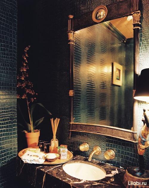 Черный цвет в интерьере ванной комнаты и туалета, обои под кожу