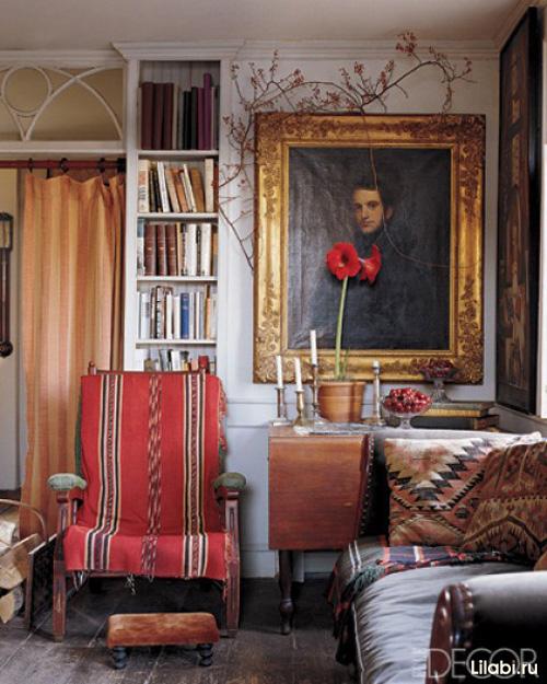Галерея картин в интерьере дома или квартиры, картины и постеры