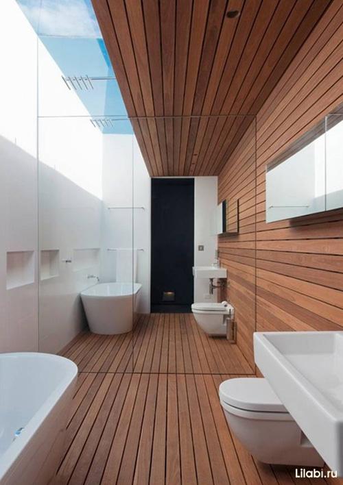Зеркальная стена в интерьере ванной